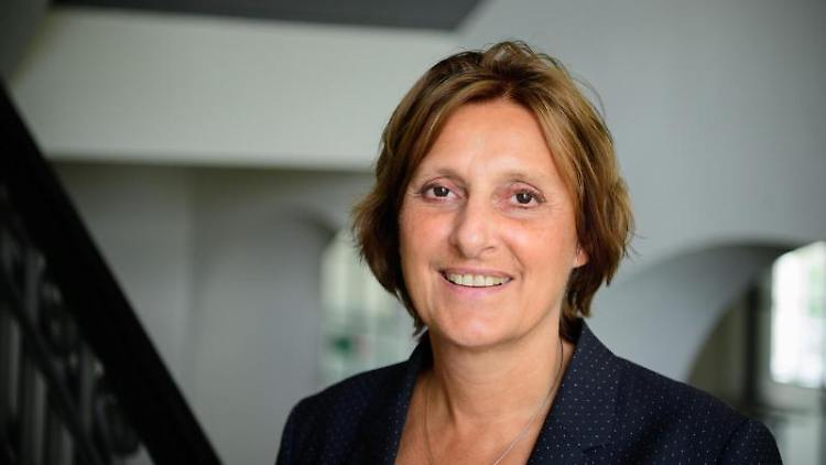 Britta Ernst (SPD), Brandenburger Ministerin für Bildung, Jugend und Sport. Foto: Soeren Stache/dpa-Zentralbild/dpa
