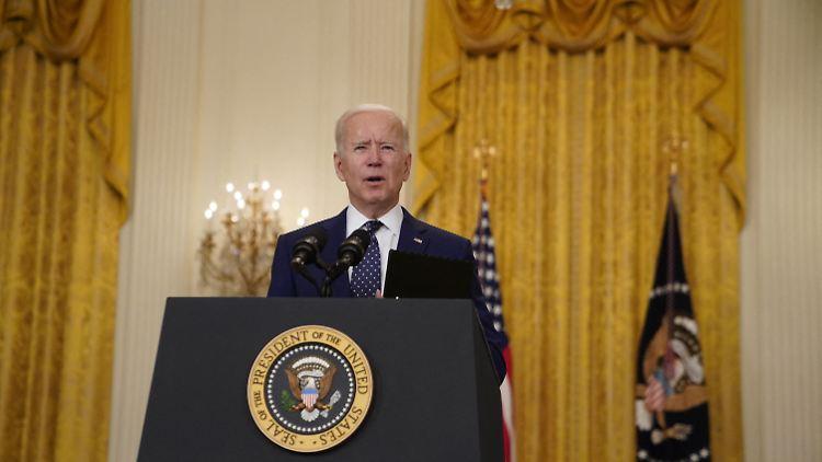 US-Präsident Joe Biden sagte nach dem Telefonat mit Floyds Angehörigen: