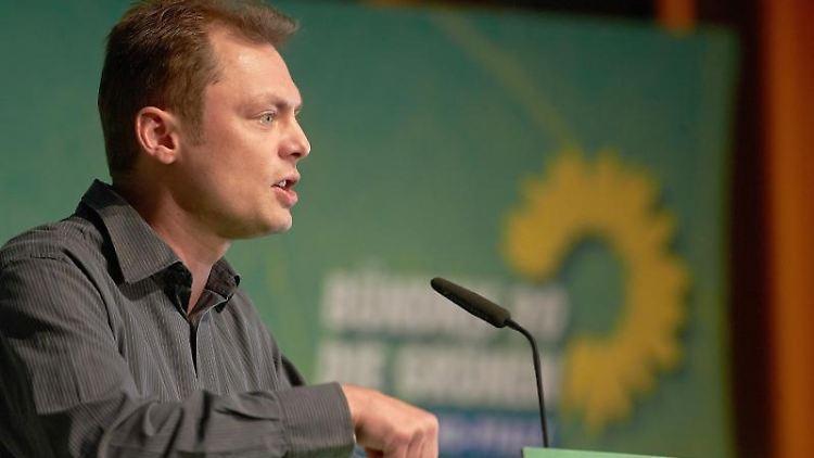 Daniel Köbler spricht. Foto: picture alliance / dpa/Archivbild