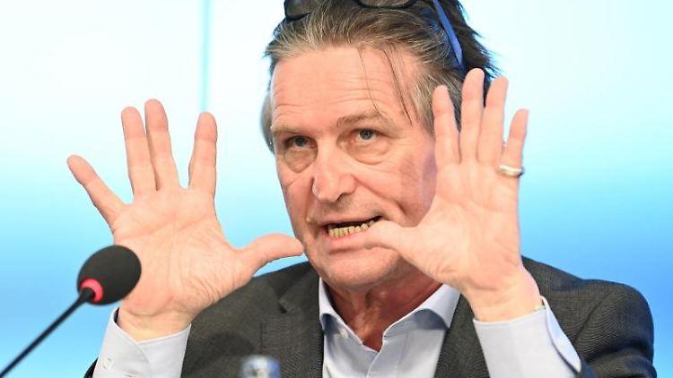 Baden-Württembergs Gesundheitsminister Manne Lucha (Bündnis 90/Die Grünen). Foto: Bernd Weißbrod/dpa