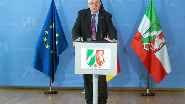 Karl-Josef Laumann (CDU), Gesundheitsminister von Nordrhein-Westfalen. Foto: Federico Gambarini/dpa Pool/dpa