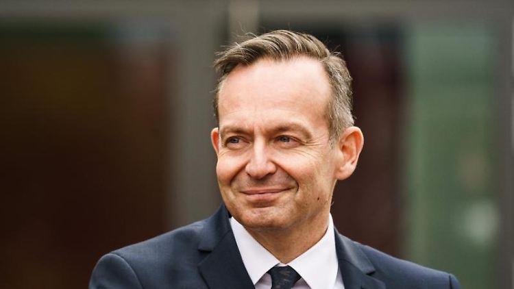 Volker Wissing (FDP) nimmt an einer Pressekonferenz teil. Foto: Andreas Arnold/dpa/Archivbild