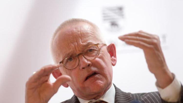 Everhard Holtmann, Politikwissenschaftler an der Universität in Halle. Foto: Klaus-Dietmar Gabbert/dpa-Zentralbild/dpa