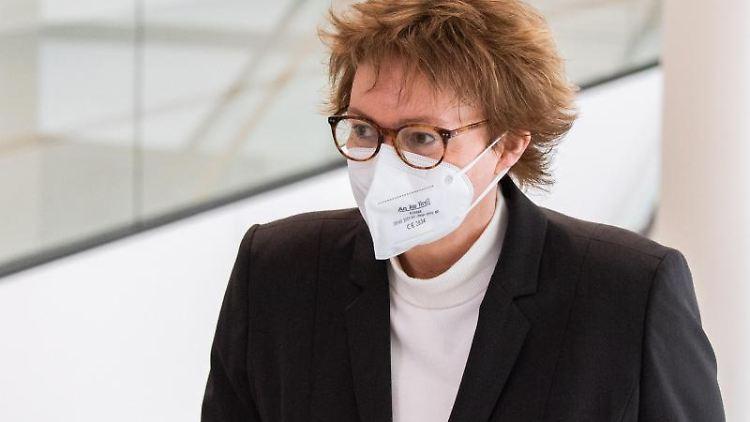 Daniela Behrens (SPD), Sozialministerin in Niedersachsen. Foto: Julian Stratenschulte/dpa/Archivbild