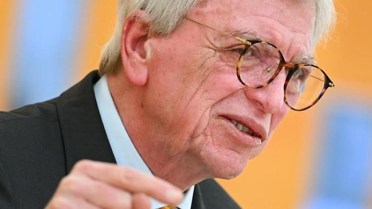 Volker Bouffier (CDU), Ministerpräsident des Landes Hessen. Foto: Arne Dedert/dpa