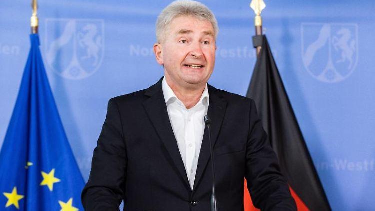 Andreas Pinkwart (FDP), Wirtschaftsminister von Nordrhein-Westfalen. Foto: Marcel Kusch/dpa