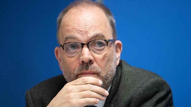Brandeburgs Gesundheitsstaatssekretär Michael Ranft in Potsdam. Foto: Soeren Stache/dpa-Zentralbild/dpa/archivbild