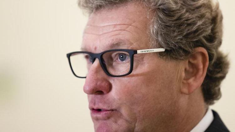 Schleswig-Holsteins Wirtschaftsminister Bernd Buchholz (FDP). Foto: Frank Molter/dpa/Archivbild