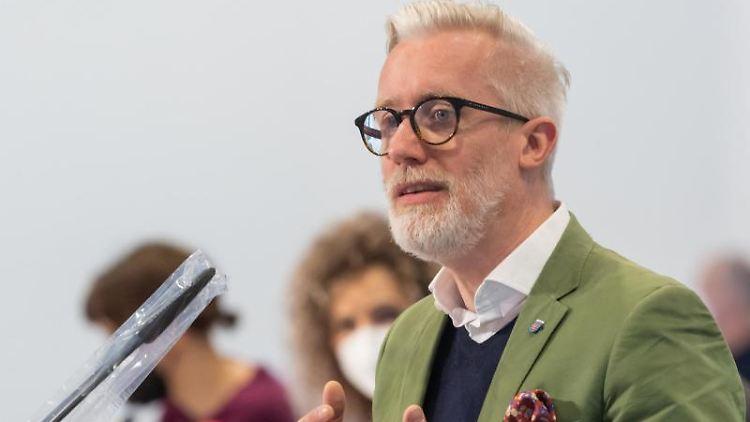 Benjamin-Immanuel Hoff spricht im Landtag. Foto: Michael Reichel/dpa
