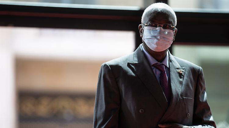 Malis Übergangspräsident Bah N'Daw wurde verhaftet und in ein Militärcamp gebracht.