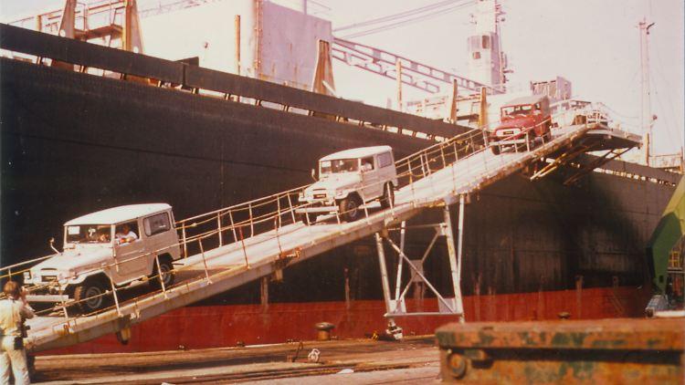 03_Toyota_Land_Cruiser_J4_kommt_nach_Deutschland_1976_Quelle_Toyota.jpg