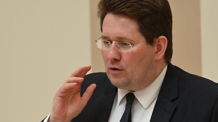 Péter Vida ( BVB / FREIE WÄHLER). Foto: Bernd Settnik/dpa