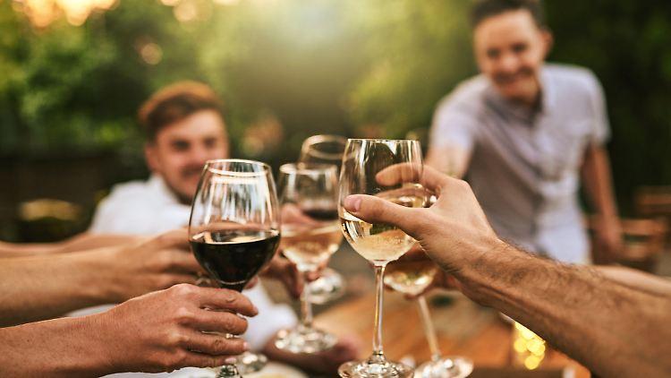 Auch das Weintrinken will gelernt sein: Diese drei Fehler sind leicht zu umgehen.