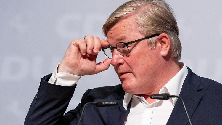 Bernd Althusmann (CDU) spricht. Foto: Moritz Frankenberg/dpa/Archivbild