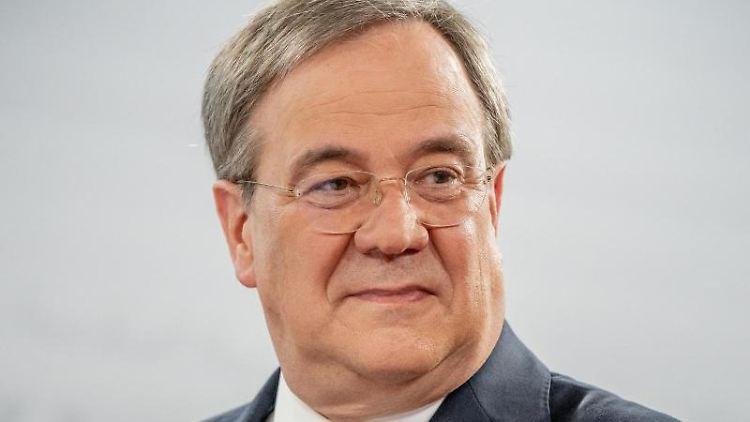 Armin Laschet, CDU-Bundesvorsitzender und Ministerpräsident von Nordrhein-Westfalen, spricht. Foto: Michael Kappeler/dpa