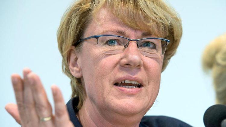 Barbara Otte-Kinast (CDU) spricht. Foto: Christophe Gateau/dpa/Archivbild