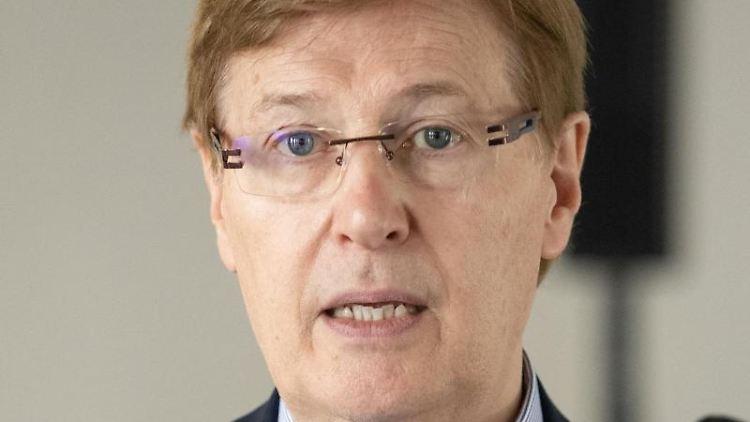 NRW-Landesjustizminister Peter Biesenbach (CDU). Foto: Friso Gentsch/dpa/Archivbild