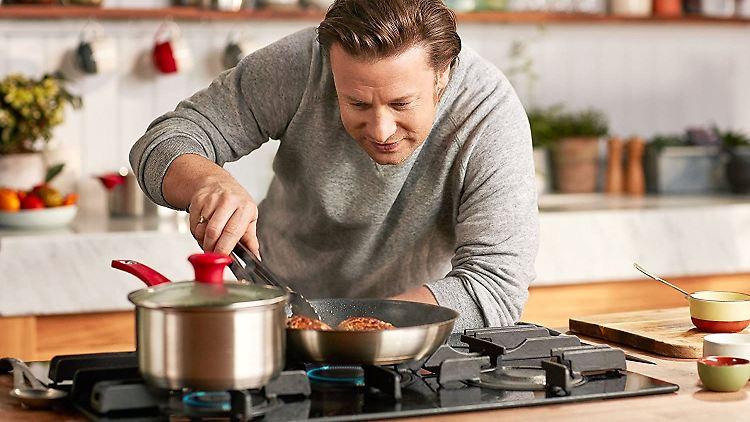 Unter den starken Angeboten am Prime Day sind auch die Tefal-Pfannen von Jamie Oliver.