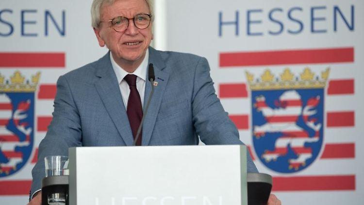 Hessens Ministerpräsident Volker Bouffier(CDU). Foto: Sebastian Gollnow/dpa/Archiv