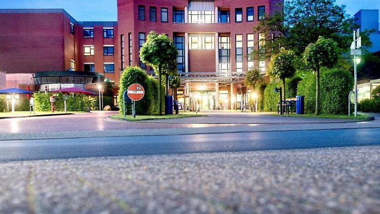 Blick auf das Klinikum Oldenburg im Stadtteil Kreyenbrück. Foto: Hauke-Christian Dittrich/dpa/Archivbild