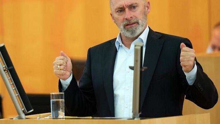 FDP-Fraktionsvorsitzende René Rock. Foto: Thomas Frey/dpa/Archivbild