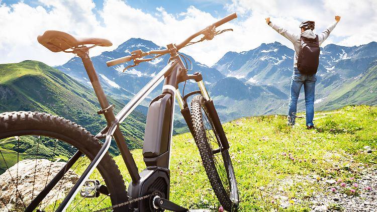 Mit einem E-Bike fährt es sich deutlich entspannter.