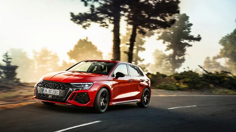 Audi_RS3_MY2022_2.jpg