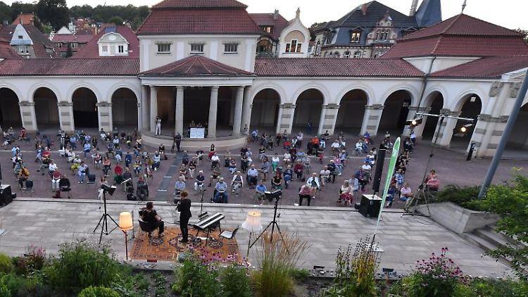 Das Eröffnungskonzert des Yiddish Summer findet in der Wandelhalle statt. Foto: Martin Schutt/dpa-Zentralbild/dpa