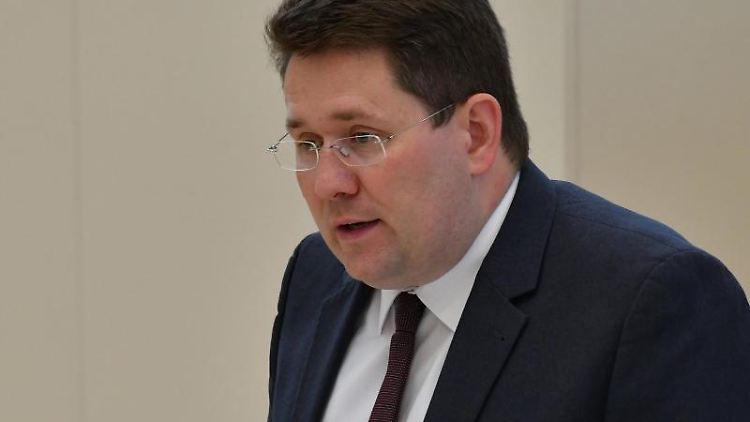 Peter Vida, Landesvorsitzender von BVB/Freie Wähler in Brandenburg. Foto: Bernd Settnik/dpa/Archivbild