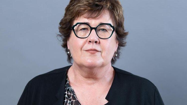 Sachsen-Anhalts Sozialministerin Petra Grimm-Benne in Magdeburg. Foto: Sebastian Kahnert/dpa-Zentralbild/ZB/archivbild
