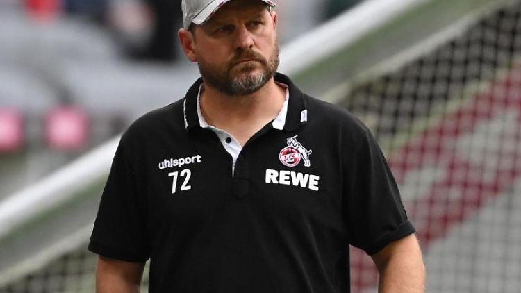 Kölns Trainer Steffen Baumgart vor einer Partie. Foto: Sven Hoppe/dpa