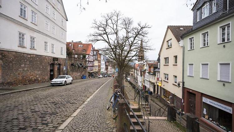 Der Steinweg in der Marburger Innenstadt. Foto: Andreas Arnold/dpa/archivbild