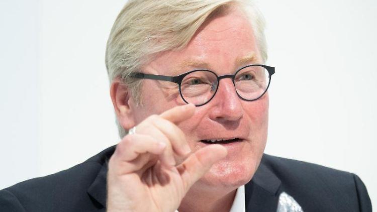 Niedersachsens Verkehrs- und Wirtschaftsminister Bernd Althusmann (CDU). Foto: Julian Stratenschulte/dpa