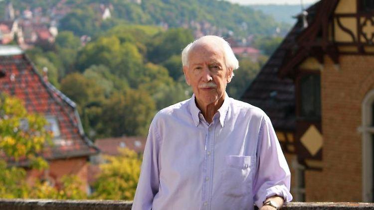 Der Tübinger Kulturwissenschaftler Hermann Bausinger. Foto: picture alliance/dpa/Archivbild