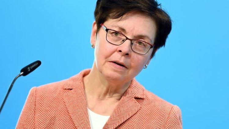 Heike Taubert (SPD), Finanzministerin von Thüringen, spricht. Foto: Martin Schutt/dpa-Zentralbild/dpa