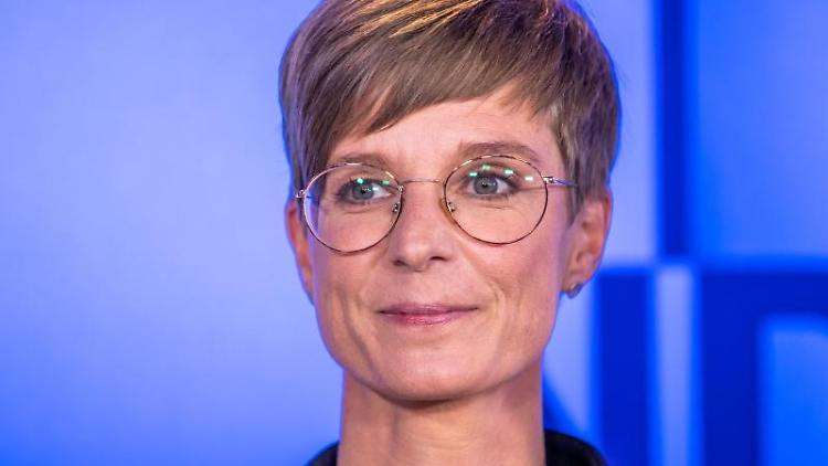 Anne Shepley (Die Grünen) spricht. Foto: Jens Büttner/dpa-Zentralbild/ZB/Archivbild