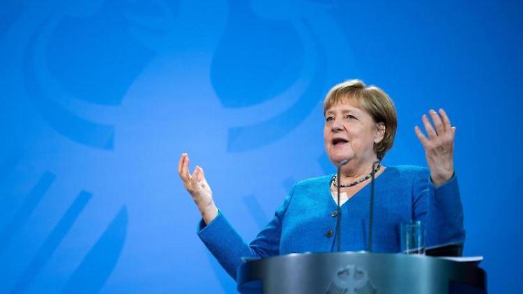 Bundeskanzlerin Angela Merkel (CDU) spricht. Foto: Bernd von Jutrczenka/dpa Pool/dpa