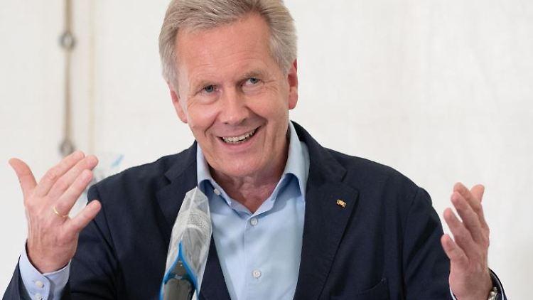 Christian Wulff, ehemaliger Bundespräsident, spricht. Foto: Friso Gentsch/dpa