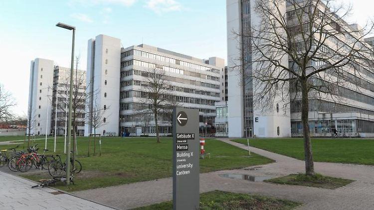 Blick auf Gebäude der Universität Bielefeld. Foto: Friso Gentsch/dpa/Archivbild