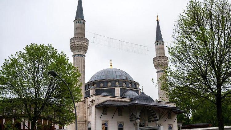 Die Şehitlik-Moschee in Berlin-Neukölln. Foto: Christophe Gateau/dpa/Symbolbild