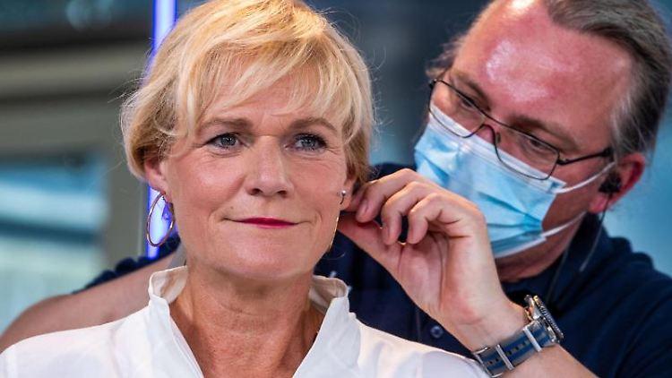 Simone Oldenburg, die Spitzenkandidatin der Linken für die Landtagswahlen in Mecklenburg-Vorpommern. Foto: Jens Büttner/dpa-Zentralbild/dpa