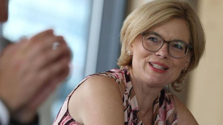 Julia Klöckner, Bundesministerin für Ernährung und Landwirtschaft, spricht. Foto: Matthias Bein/dpa-Zentralbild/ZB/Archivbild
