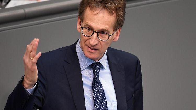 Detlef Seif (CDU) spricht im Bundestag. Foto: Britta Pedersen/dpa-Zentralbild/dpa