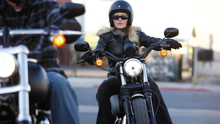 Motorradfahrer050111.jpg