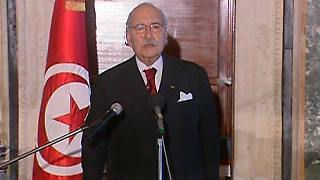 2011-01-16T010419Z_01_SIN602_RTRMDNP_3_TUNISIA-PROTESTS.JPG4737965279993243453.jpg