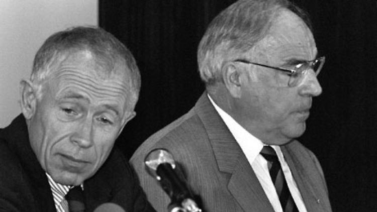Generalsekretär Heiner Geißler sucht auf dem Bremer CDU-Parteitag 1989 die Entscheidung. Er will die Ablösung Kohls als CDU-Chef.