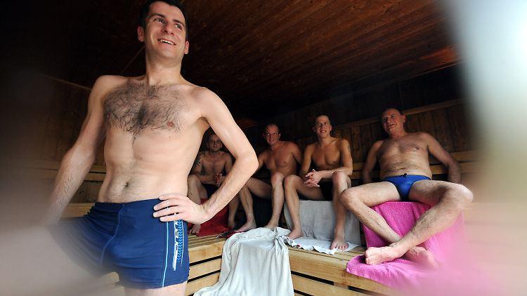 Sauna Mit Badehose
