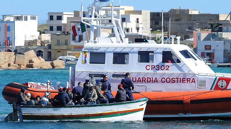Italy_Migrants_LMP101.jpg7208949495989415113.jpg