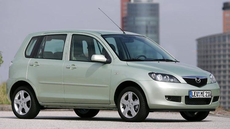 Erst Mittelmaß, dann Primus: Vor allem mit den jüngeren Exemplaren des Mazda2 bekommen es die Pannenhelfer des ADAC kaum noch zu tun. (Bild: Mazda/dpa/tmn)