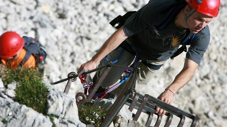 Klettersteigset Selber Knoten : Potenziell tödlicher konstruktionsfehler: alpenvereine warnen vor